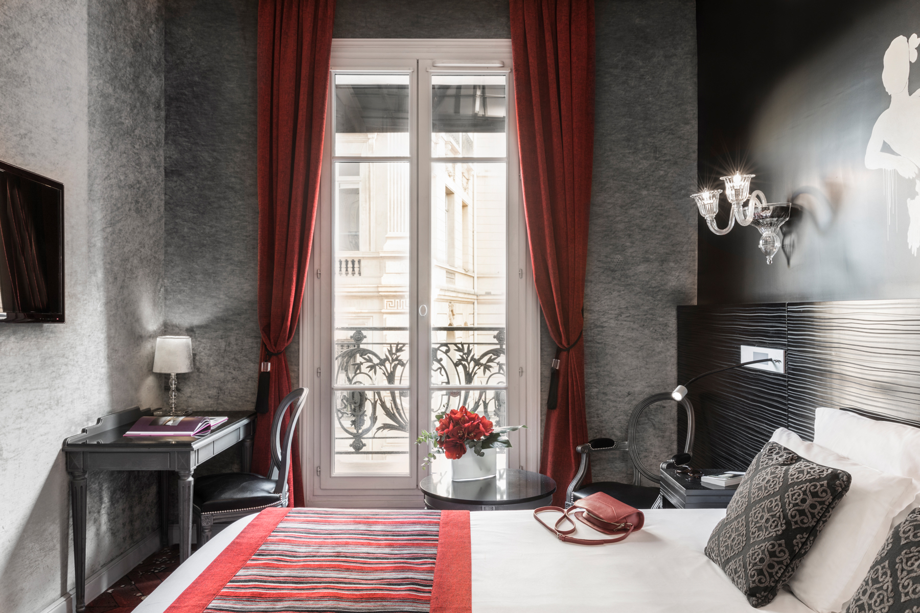 101/Champs Elysees/Chambres/PAGE CHAMBRE - SECTION 2 - CHAMBRE SUPERIEURE 3.jpg
