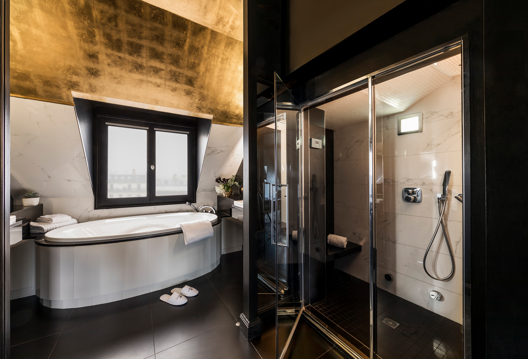 101/Champs Elysees/Homepage/HOMEPAGE - SECTION 2 - SLIDER - SALLE DE BAIN SUITE IMPERIALE.jpg